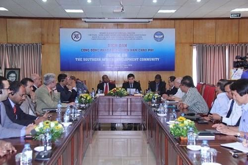 加强越南与南部非洲发展共同体之间的民间交流 hinh anh 1