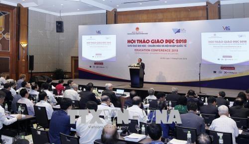 越南将完善并促进高等教育标准化以及加快与国际接轨的步伐 hinh anh 1