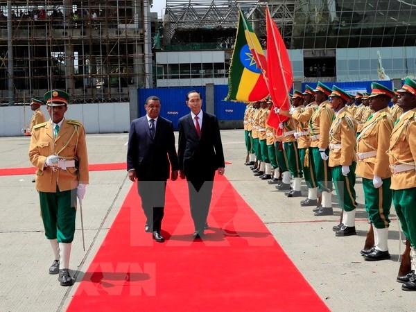 越南与埃塞俄比亚发表联合声明: 推动两国关系步入新时期 hinh anh 1