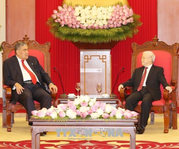 越共中央总书记阮富仲会见多米尼加左派团结运动党秘书长米格尔·梅希亚 hinh anh 1