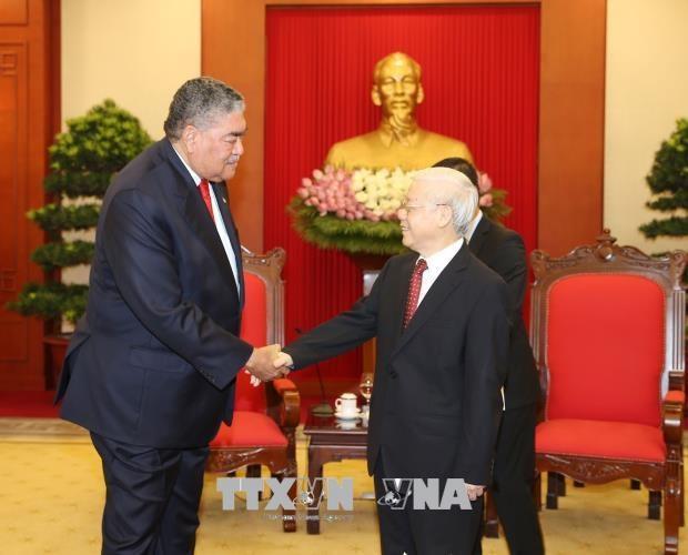 越共中央总书记阮富仲会见多米尼加左派团结运动党秘书长米格尔·梅希亚 hinh anh 2