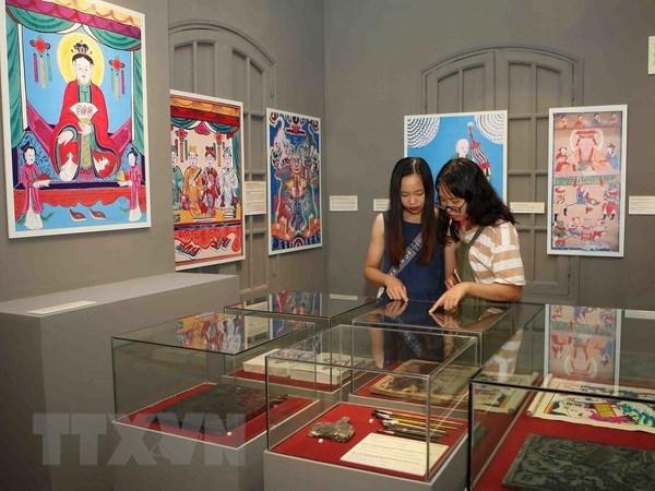 越南民间绘画作品展在升龙皇城开展 hinh anh 1