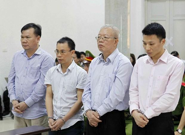 越南石油石化和纺织纤维合资公司前董事长获刑28年 hinh anh 1