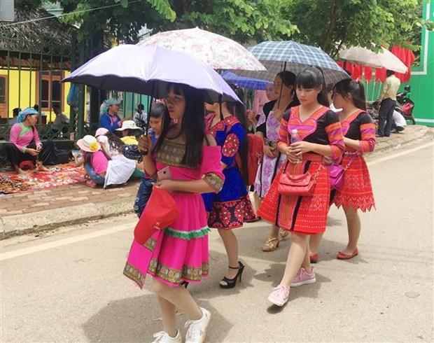 2018年山罗省文化旅游周正式开幕 hinh anh 2