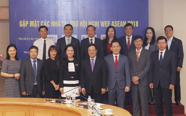 越南企业同政府携手举办2018年世界经济论坛东盟峰会 hinh anh 1