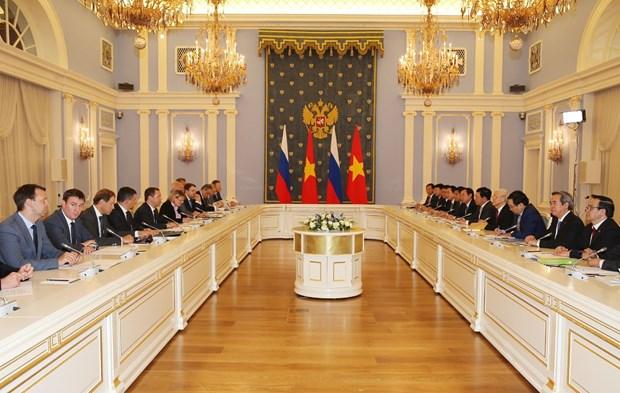 越共中央总书记阮富仲会见俄罗斯总理梅德韦杰夫 hinh anh 2