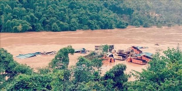 越南北部和北中部地区山区省份暴雨洪水导致14人死亡 4人失踪 hinh anh 1