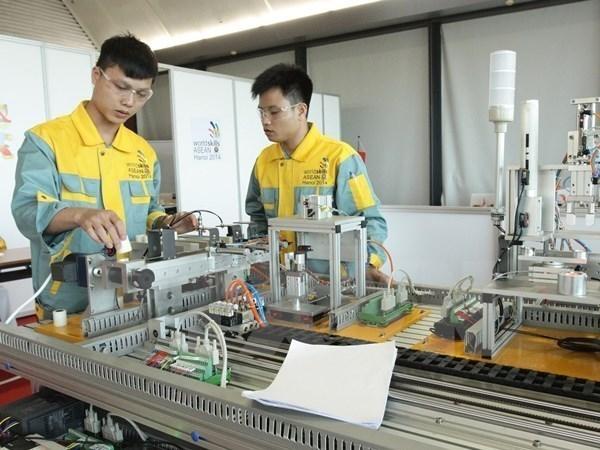 第12届东盟职业技术比赛越南代表团表现不俗揽获7枚金牌 hinh anh 1