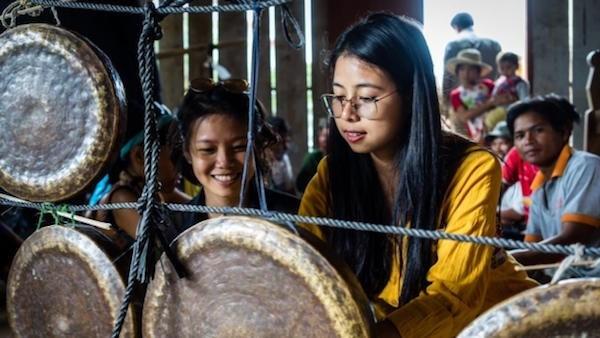 英国文化协会向越南各文化项目赞助30亿多越盾 hinh anh 1