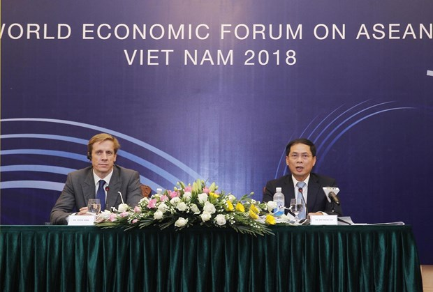 WEF ASEAN 2018:推广正在加快一体化进程的越南国度及改革创新的越南企业 hinh anh 1