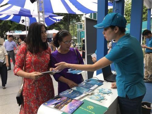 亚洲旅游促进理事会成员城市旅游展览会在河内举行 hinh anh 2