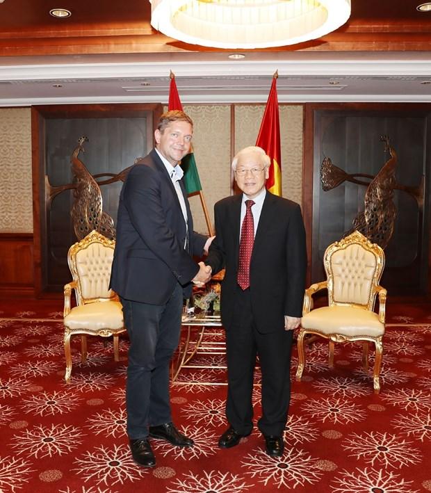越共中央总书记阮富仲会见匈牙利社会党主席多特·贝尔道兰 hinh anh 2