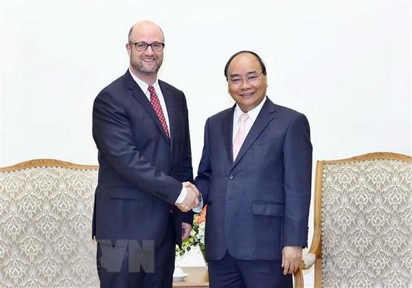 越南政府总理阮春福会见美国企业代表团 hinh anh 1