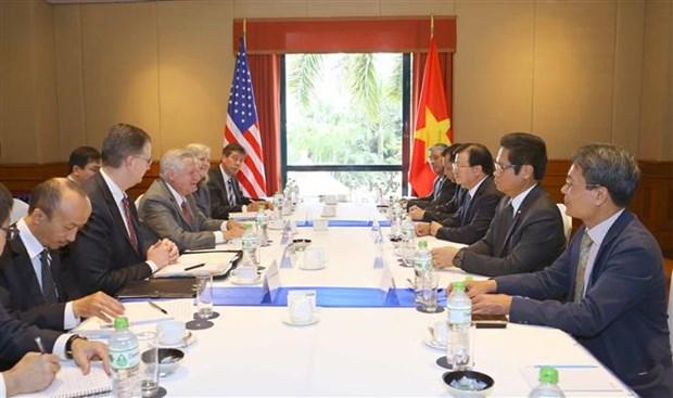越南政府副总理郑廷勇会见美国部分大型集团领导代表 hinh anh 1