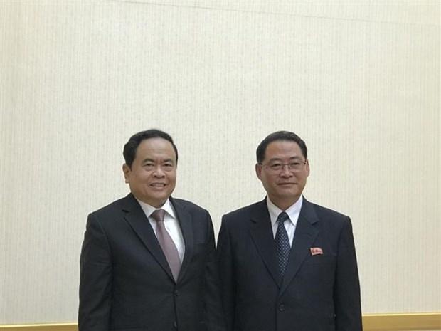 越南党和国家代表团对朝鲜进行工作访问 hinh anh 1