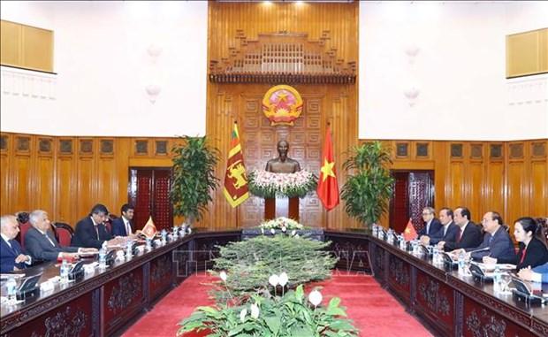 越南政府总理阮春福会见斯里兰卡和韩国客人 hinh anh 1