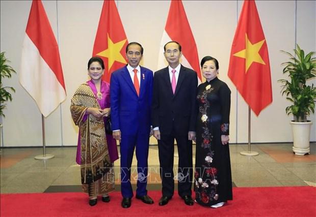 越南国家主席陈大光与夫人举行盛大招待会 欢迎印尼总统到访 hinh anh 1