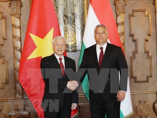 越共中央总书记阮富仲致电感谢匈牙利总理欧尔班•维克托 hinh anh 1