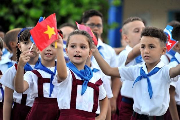 古巴领袖菲德尔•卡斯特罗领袖访问越南45周年纪念活动纷纷在古巴举行 hinh anh 3