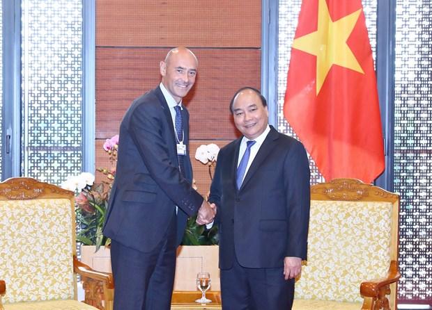 越南政府总理阮春福会见世界大型集团领导 hinh anh 1