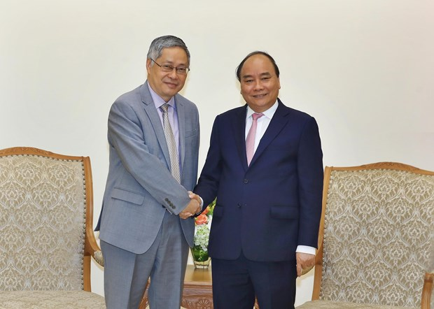WEF ASEAN 2018:政府总理阮春福会见柬埔寨首相洪森和湄公河委员会领导 hinh anh 2