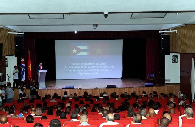 古巴革命领袖菲德尔·卡斯特罗首次访越45周年纪念集会在古巴举行 hinh anh 2