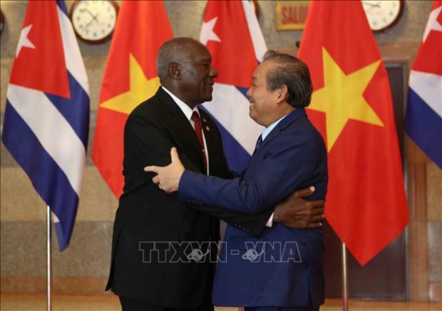 政府常务副总理张和平与古巴领导举行会谈 hinh anh 1