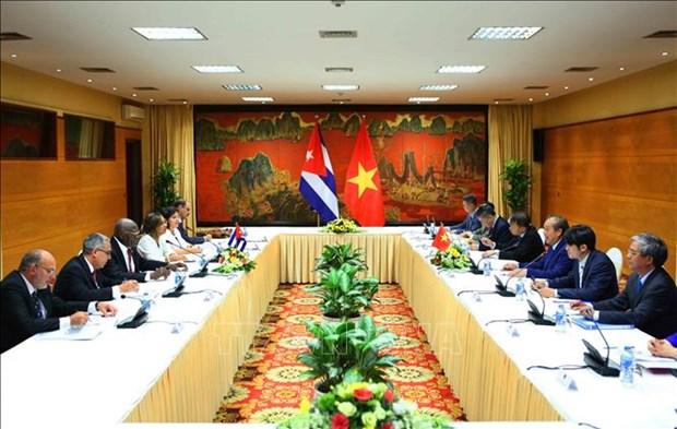 政府常务副总理张和平与古巴领导举行会谈 hinh anh 2