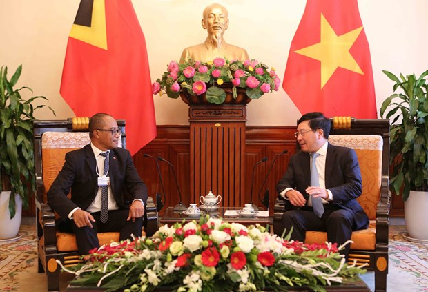 WEF ASEAN 2018:范平明分别与智利、东帝汶和孟加拉外交官员举行会晤 hinh anh 2