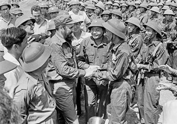 """古巴领袖菲德尔•卡斯特罗领袖访问越南45周年:友谊的""""明珠"""" hinh anh 2"""