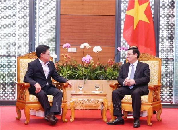 WEF ASEAN 2018:多家大型集团愿意支持越南满足数字经济标准 hinh anh 3