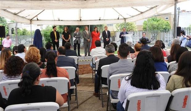 胡伯伯塑像在墨西哥瓜达拉哈拉市落成 hinh anh 2