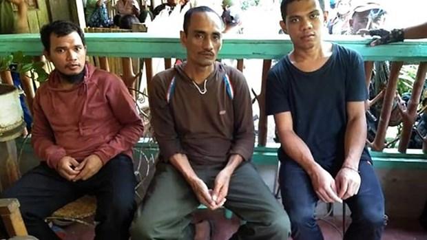 菲律宾军队拯救3名印尼人质 hinh anh 1