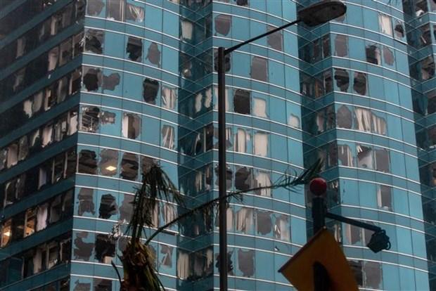 """台风""""山竹""""来袭菲律宾造成至少30名矿工遇难 香港、澳门发出最高级别预警 hinh anh 1"""