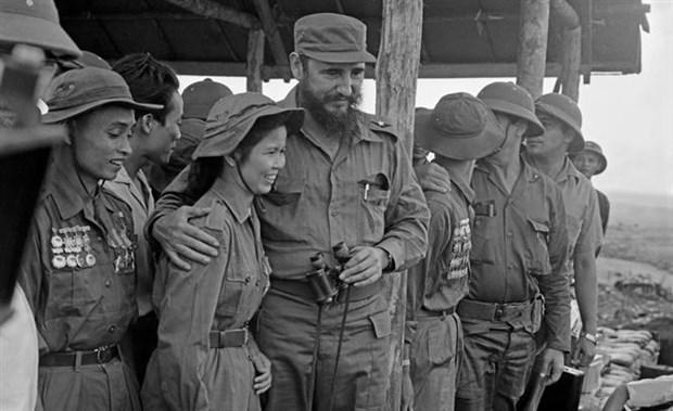 菲德尔•卡斯特罗访问越南南方解放区:远隔重洋的团结与友谊之象征 hinh anh 2