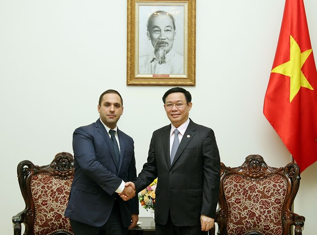 越南政府副总理王廷惠会见保加利亚经济部部长 hinh anh 2