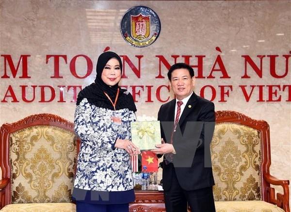 最高审计机关亚洲组织主席:将经济和社会环境问题纳入审计活动 hinh anh 1