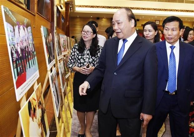 阮春福总理:经济与文化需全面协调发展 hinh anh 2