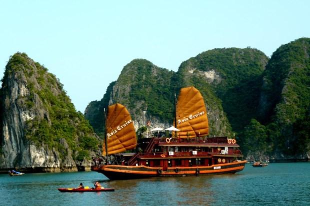 今年前9月广宁省接待游客量达1000万人次 hinh anh 1