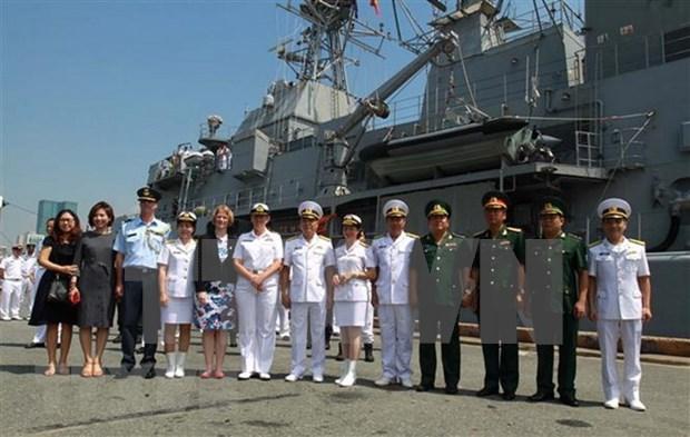 新西兰皇家海军护卫舰对越南进行友好访问 hinh anh 1