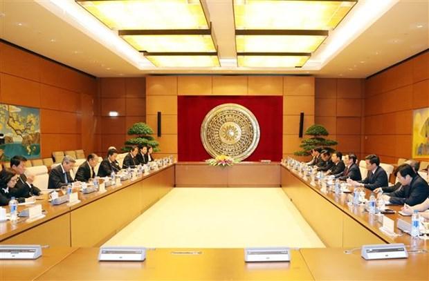 越共中央组织部部长范明正会见日本首相特使 hinh anh 1