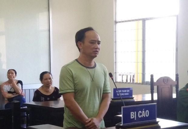 裴孟同因涉嫌滥用民主自由权侵犯国家利益罪获刑2年半 hinh anh 1
