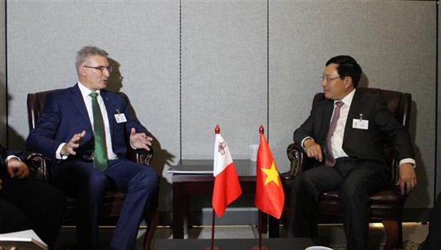 范平明副总理在第73 届联大期间与多国领导举行双边会晤 hinh anh 2