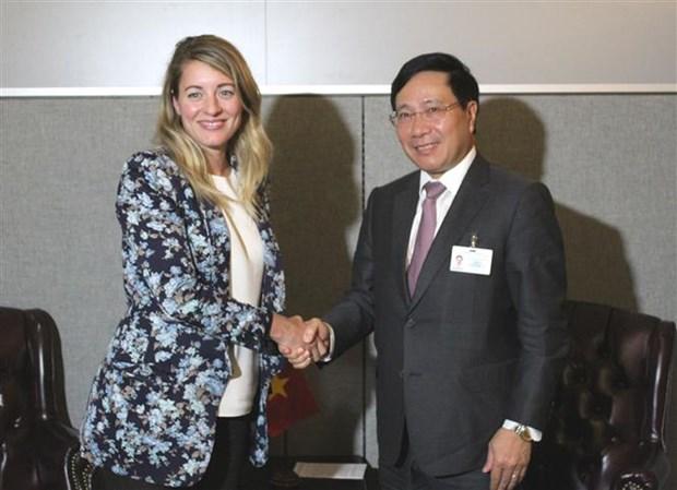 范平明副总理在第73 届联大期间与多国领导举行双边会晤 hinh anh 3