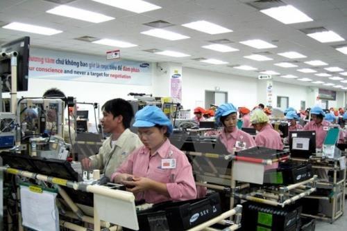 2018年前9月越南有99个境外投资项目获投资许可证 hinh anh 1