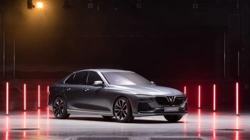 VinFast正式公布首两款车型的名字 hinh anh 1