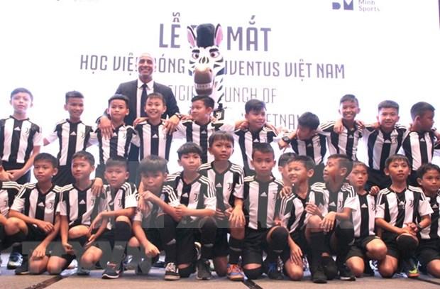 越南尤文图斯足球学院正式成立亮相 hinh anh 1