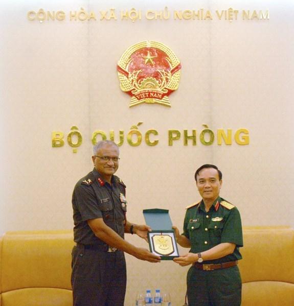 越南重视与印度的防务合作关系 hinh anh 1