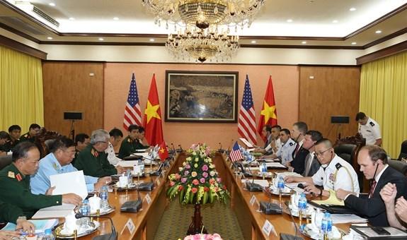 越美两国举行国防政策对话会 hinh anh 1