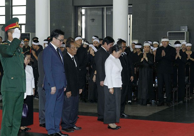 各国代表团悼念原越共中央总书记杜梅 hinh anh 2